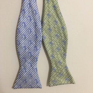 Southern Tide Silk Bow Tie Reversible Blue Green